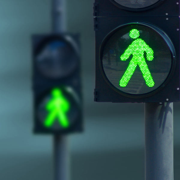 FX Quarterly Newsletter using image of green traffic lights